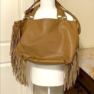 VEGAN LEATHER FRINGE TOTE W/ CHARM ACCENT, POCKETS